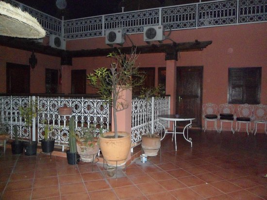 Hotel Atlas : terrasse niveau 1