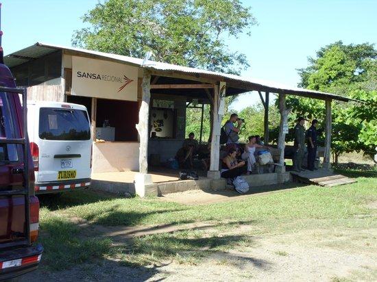 Vista Drake Lodge: Airport Terminal in Drake Bay