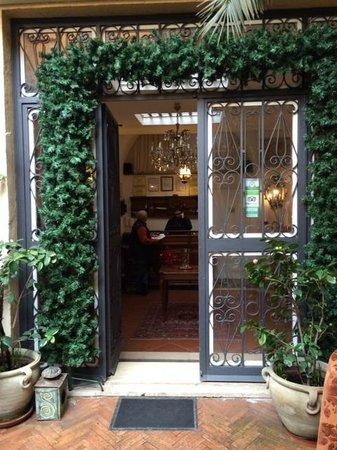 Navona Gallery & Garden Suites: Bellisimo!