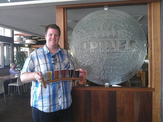 4 Pines Brewery Tours: Beers at the 4 Pines, Manly