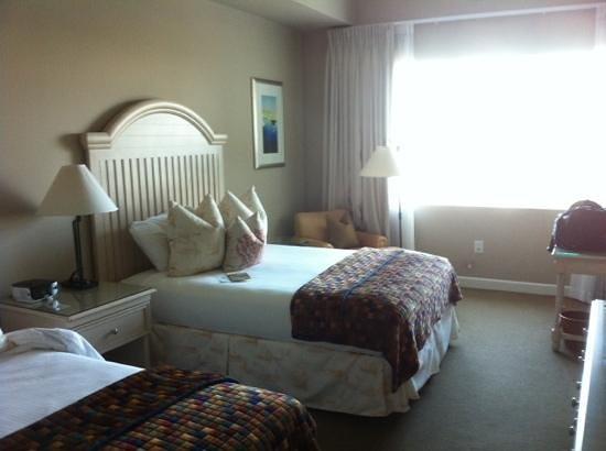 Wild Dunes Resort: village room