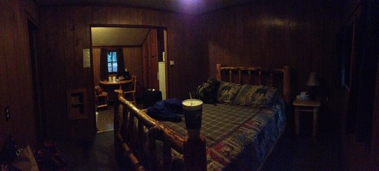 Union Creek Resort : Interior of Cabin 15