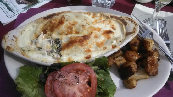 Gastrognome: Chicken Crepes with Mornay Sauce