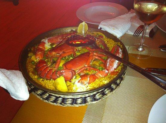 La Parrala Paella Resto Bar: Paella de marisco y bogavante