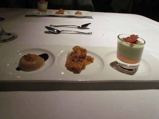 Couloir Restaurant: Trio of desserts