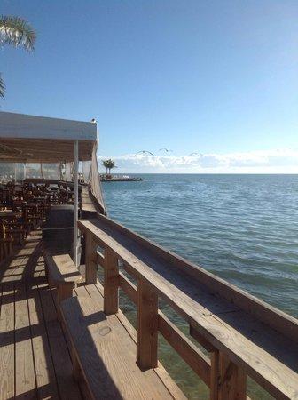 Postcard Inn Beach Resort & Marina : Morning jan/13