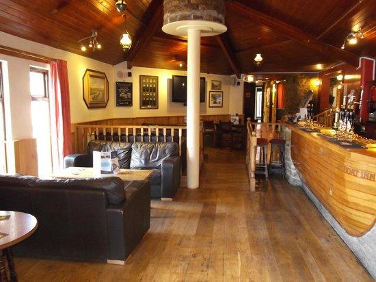 The Boat Inn: lounge bar