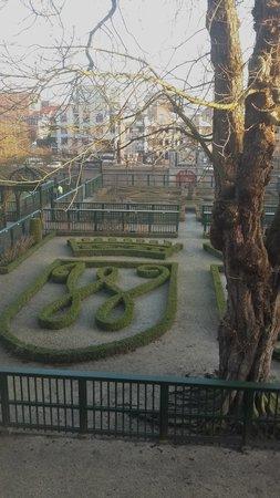 Prinsenhof Hotel: Garden view