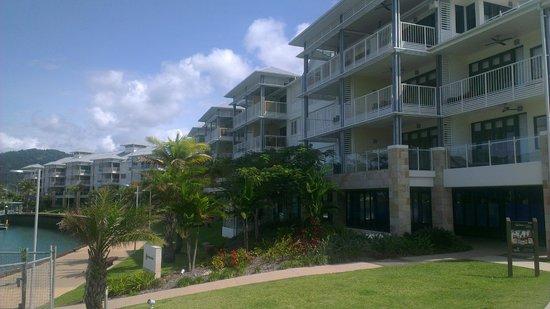 Mantra Boathouse Apartments : Apartments