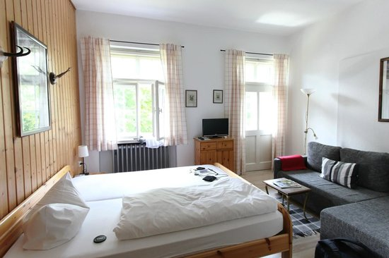 Landhaus Hohe Tannen: Bright & comfortable room