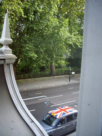Corus Hotel Hyde Park London: Hyde Pk & London taxi