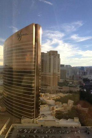 Encore At Wynn  Las Vegas: tower side view