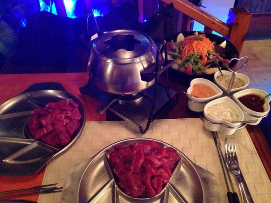 Restaurant El Bosc: Foudue with boiling oil and fresh sliced beef. Comes with 4 types of sauces. Scrumptious.