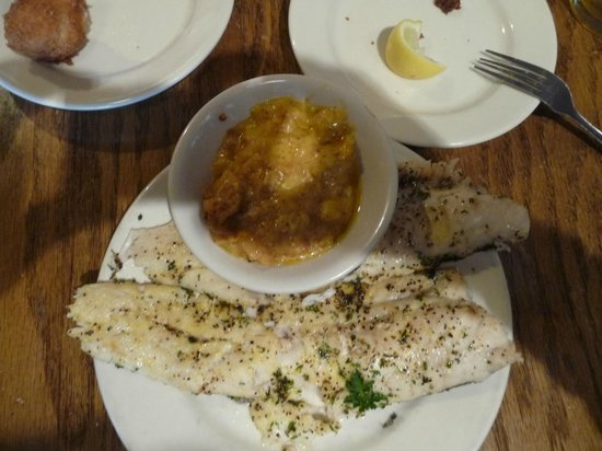 Hyman's Seafood : Broiled whiting and squash casserole