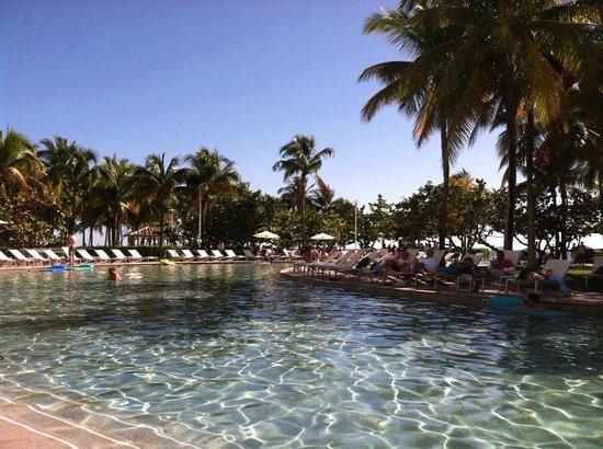 Grand Lucayan, Bahamas: Lazy pool