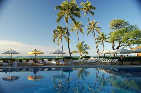 Halekulani Hotel Pool Area