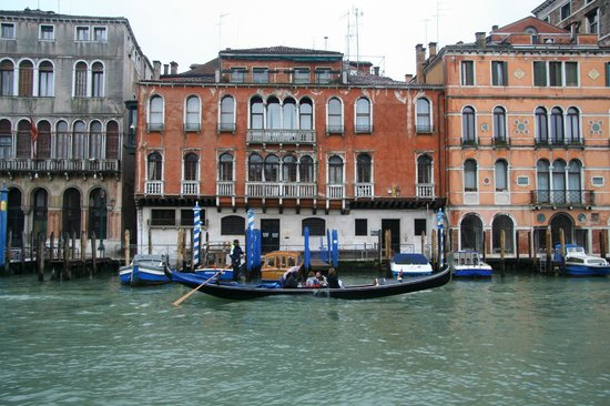 canal grande 137. Black Bedroom Furniture Sets. Home Design Ideas