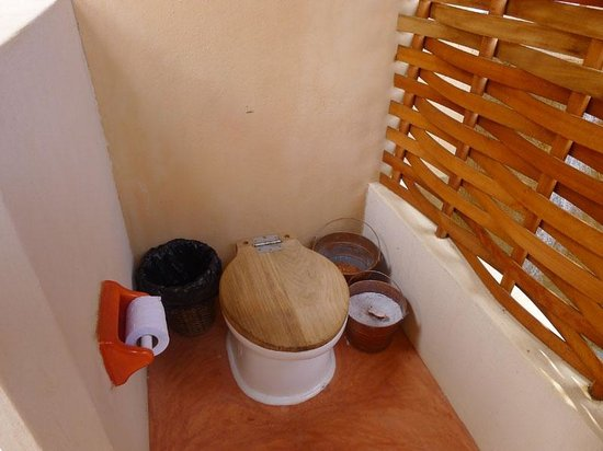 Hridaya Yoga: Double Private Room: Composting Toilet