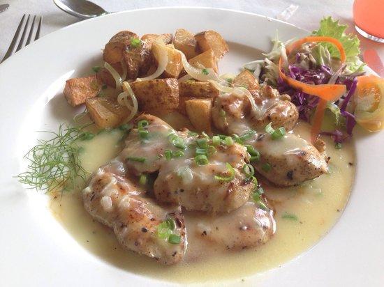 The Pink Plantation House: Chicken in garlic butter cream sauce