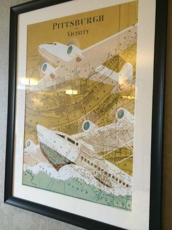 Sheraton Pittsburgh Airport Hotel: Cool Artwork