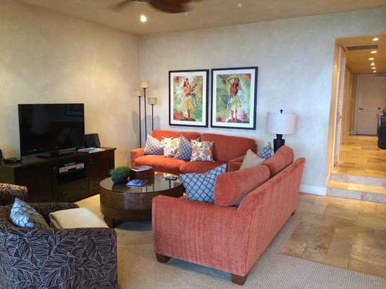 Makena Surf : F208 Living Room