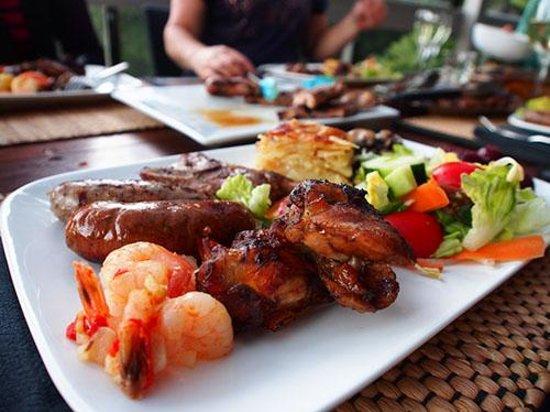 Kawau Lodge: BBQ