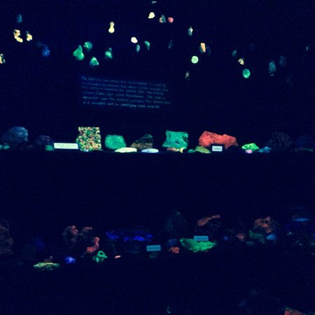 Jerome State Historic Park : Don't miss the florescent lighting rock exhibit ...loved it!!!