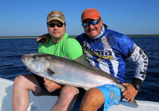 Fishing with Roberto Navarro : un pêcheur heureux