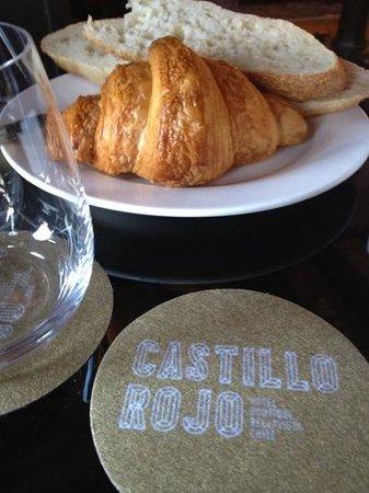 Hotel Boutique Castillo Rojo: breakfast at castillo rojo
