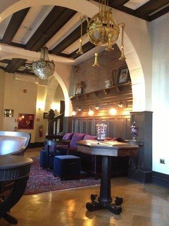 Hotel Boutique Castillo Rojo: breakfast room