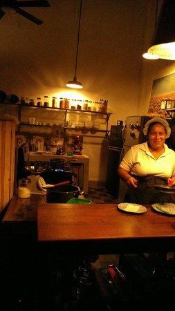 Espressonista Specialty Coffeebar and Restaurant : The kitchen at Espressionista Cafe