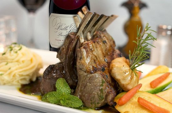 Art Alley Grille: Succulent Rack of Lamb