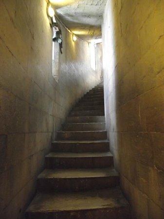 Battistero: Escadaria que dá acesso à cúpula do batistério