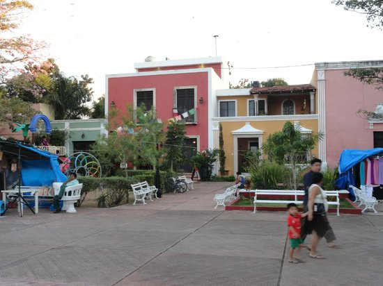 Ecotel Quinta Regia: A neighborhood about 3 blocks from the town center.