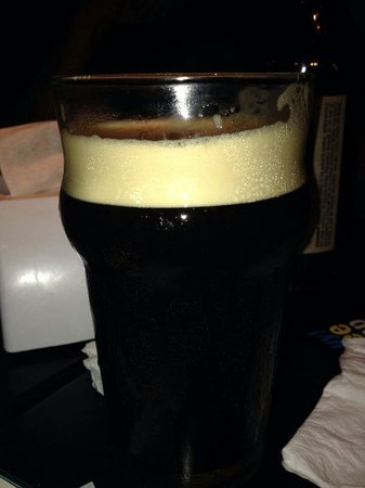 Montevideo Brew House: Dry stout