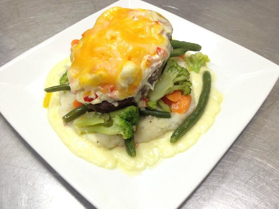Seasons Restaurant : Snapper Italiano - Red Snapper,peppers,tomatoes,onions,butter