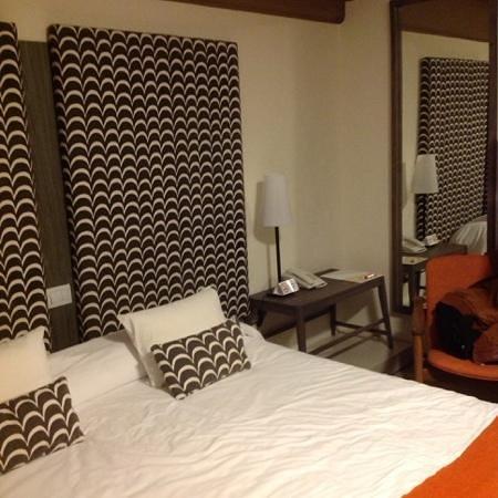 Hotel A.C.A. : habitacion