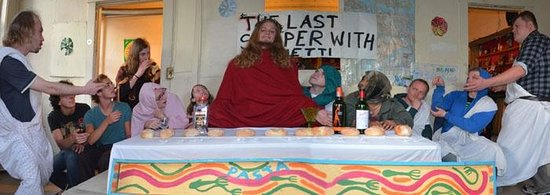 American Backpackers Hostel : the last supper