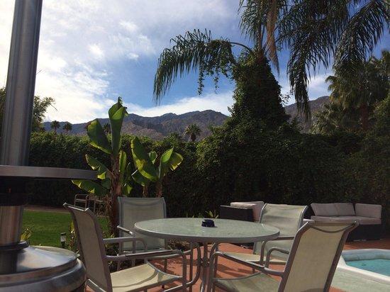 Vista Grande Resort - A Gay Mens Resort: Great mountain views