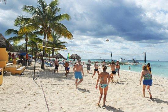 Allegro Cozumel : Daily Beach Volleyball Touramets