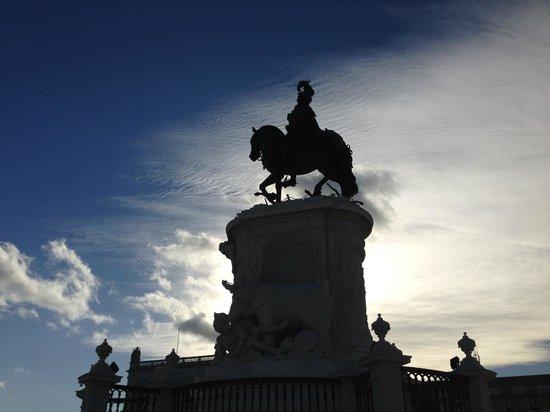 King Jose I Statue: d.joseI