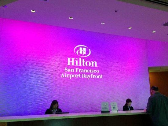 Hilton San Francisco Airport Bayfront : check in