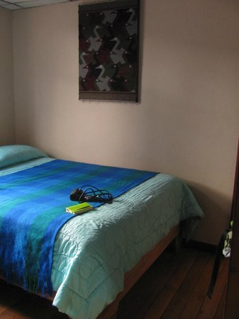 Hostal El Arupo : Second room
