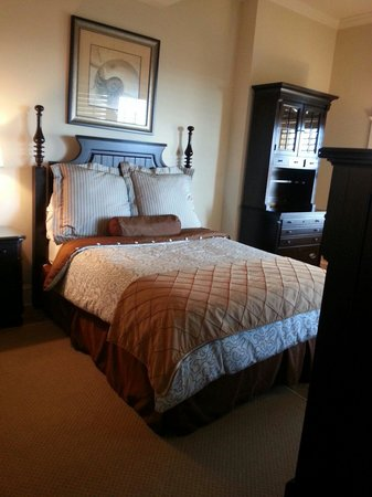 The Sea Gate Inn: Queen bed -room 306