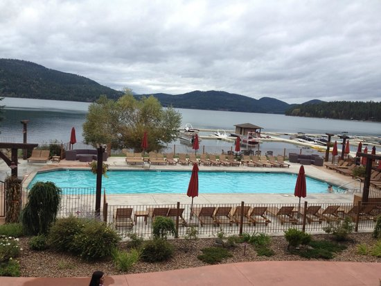 Lodge at Whitefish Lake: The pool and lake