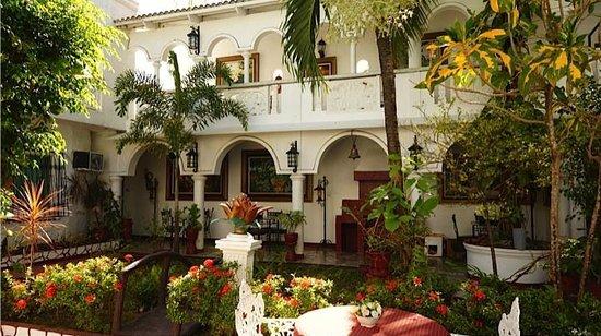 White Castle Resort & Hotel: Garden