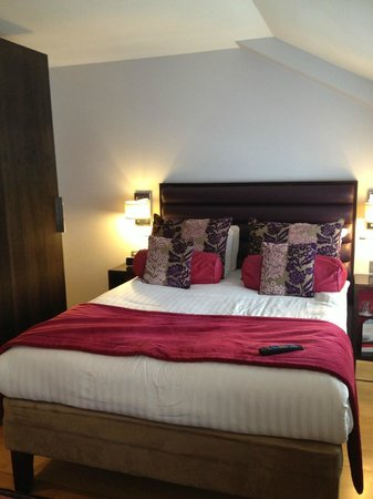 Hotel Indigo London-Paddington: Room, small but clean/nice