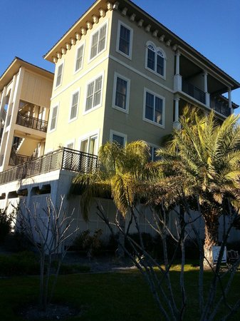 The Sea Gate Inn: The condo building