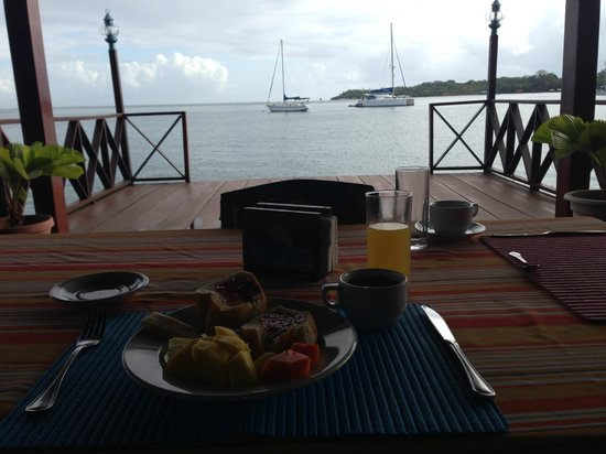 ‪‪Bocas Inn‬: breakfast view‬