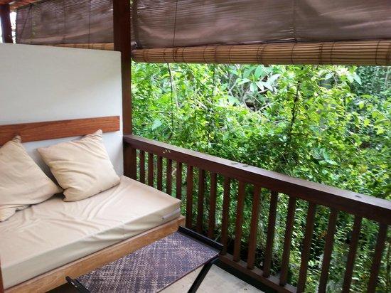 Arana Suite Hotel : Room balcony